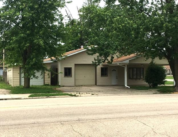 237 S Main Street, Ladd, IL 61329 (MLS #09579205) :: The Jacobs Group