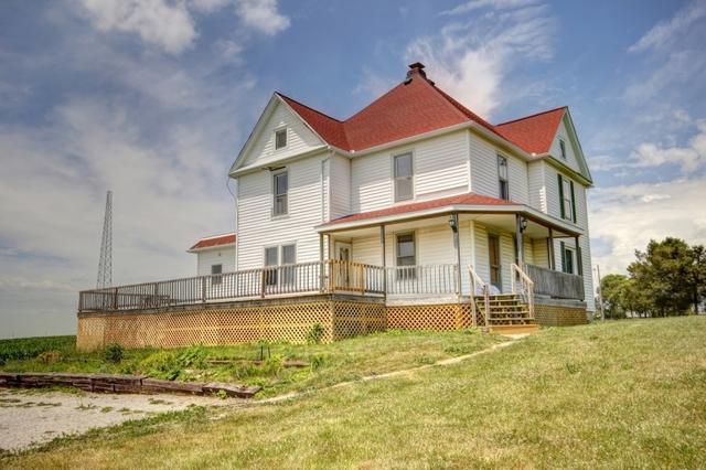 411 W Monroe Street, PHILO, IL 61864 (MLS #09634051) :: Littlefield Group