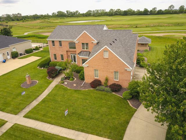 724 Lakeshore Drive, Tuscola, IL 61953 (MLS #09634279) :: Littlefield Group