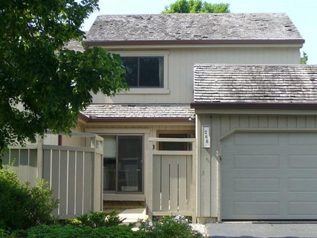 266 Thornhill Lane T189, Lake Barrington, IL 60010 (MLS #09667932) :: The Jacobs Group