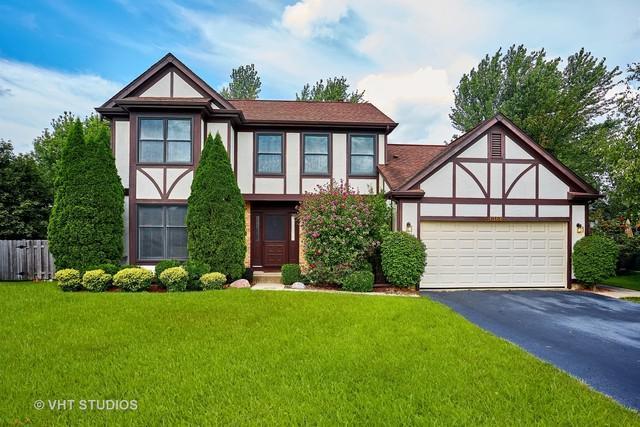 1366 Devonwood Court, Buffalo Grove, IL 60089 (MLS #09722519) :: The Schwabe Group