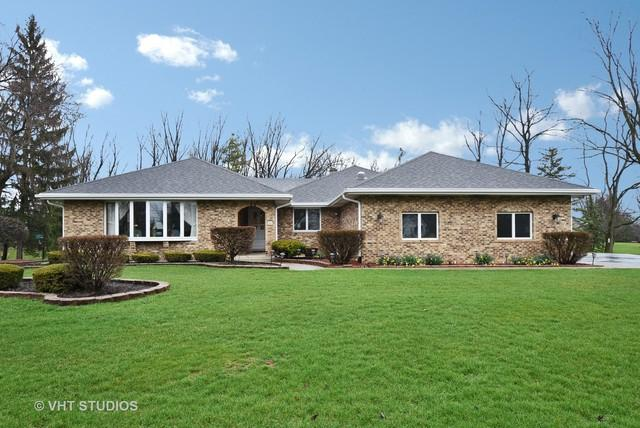 16 Chipping Campden Drive, South Barrington, IL 60010 (MLS #09724310) :: The Jacobs Group