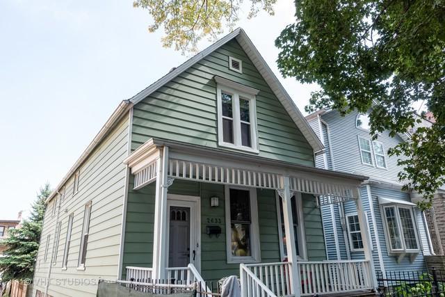 2633 N Washtenaw Avenue, Chicago, IL 60647 (MLS #09754992) :: Domain Realty