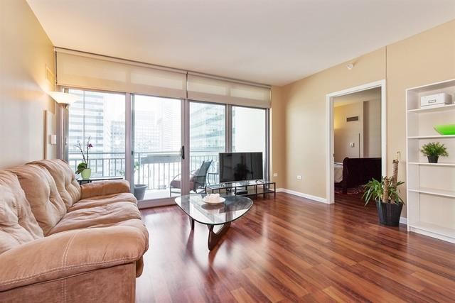 125 S Jefferson Street #1906, Chicago, IL 60661 (MLS #09757086) :: Domain Realty