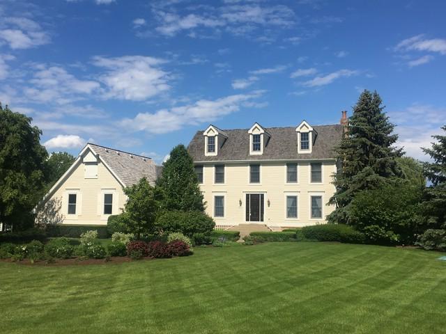 20831 N Wildrose Drive, Barrington, IL 60010 (MLS #09758416) :: Helen Oliveri Real Estate