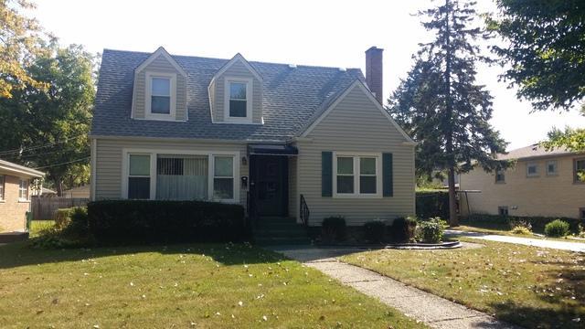 1943 Ash Street, Des Plaines, IL 60018 (MLS #09759688) :: Helen Oliveri Real Estate