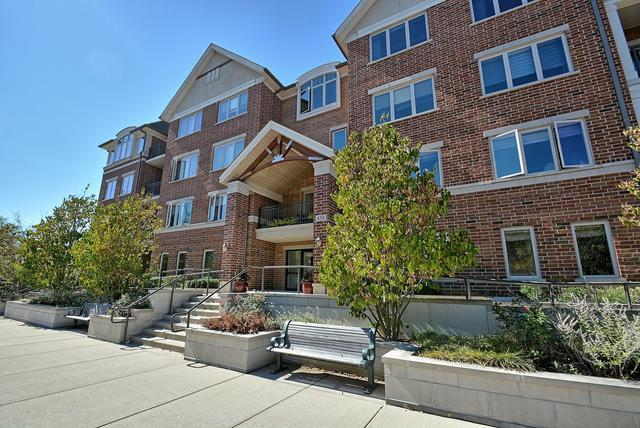 450 Village Green #411, Lincolnshire, IL 60069 (MLS #09766896) :: The Schwabe Group
