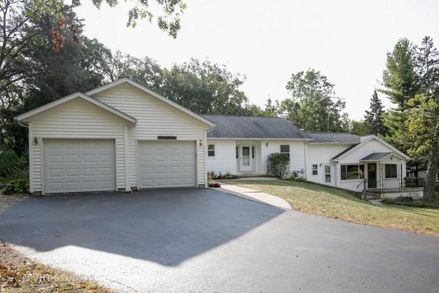 515 Algonquin Road, Fox River Grove, IL 60021 (MLS #09770882) :: Lewke Partners