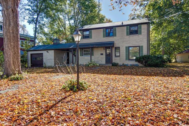 319 E Lincoln Avenue, Belvidere, IL 61008 (MLS #09772743) :: Key Realty