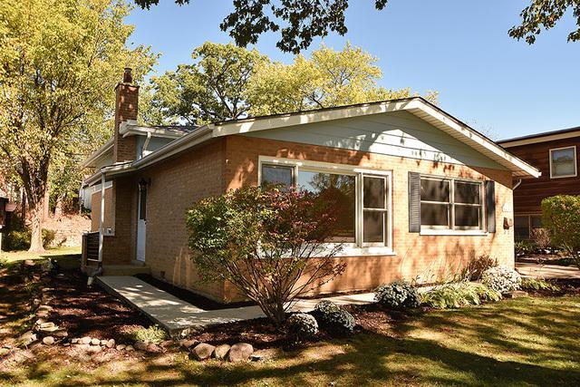 15 Norton Avenue, Lemont, IL 60439 (MLS #09774546) :: Baz Realty Network | Keller Williams Preferred Realty