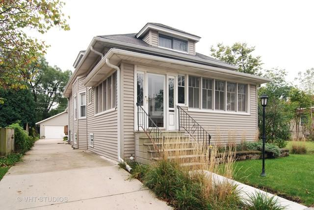197 E Quincy Street, Riverside, IL 60546 (MLS #09777901) :: The Wexler Group at Keller Williams Preferred Realty