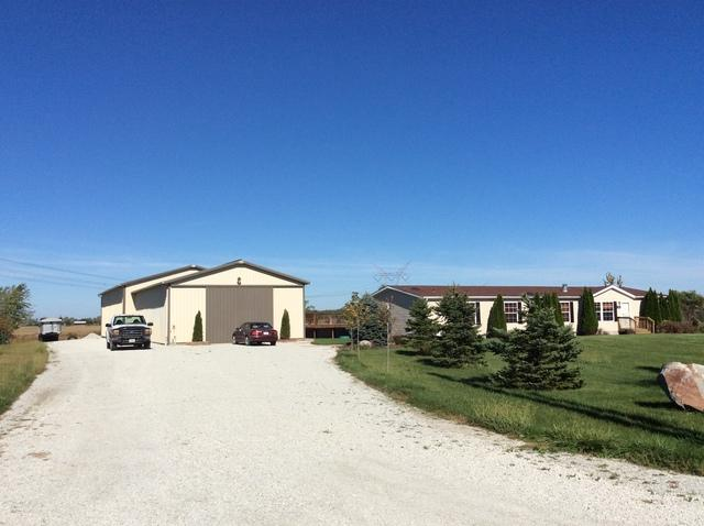 16218 W Arsenal Road, Manhattan, IL 60442 (MLS #09781455) :: The Wexler Group at Keller Williams Preferred Realty