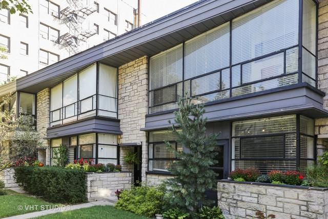 516A W Barry Avenue, Chicago, IL 60657 (MLS #09782216) :: Property Consultants Realty