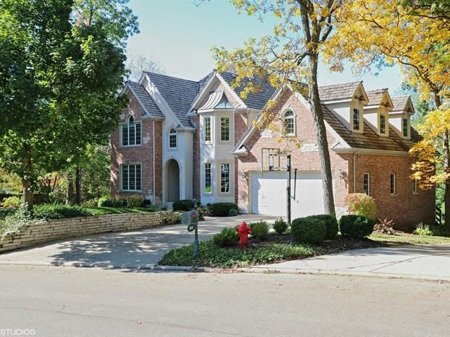 900 Lakewood Drive, Barrington, IL 60010 (MLS #09784742) :: Domain Realty