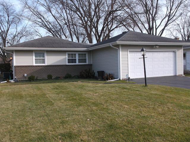 700 S Riverside Drive, Mchenry, IL 60050 (MLS #09799433) :: The Dena Furlow Team - Keller Williams Realty