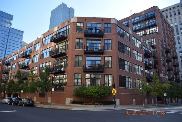 333 W Hubbard Street #401, Chicago, IL 60654 (MLS #09800381) :: Domain Realty