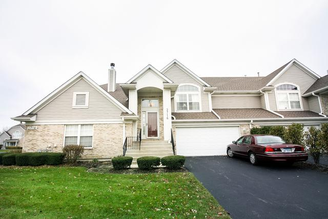 2716 Old Woods Trail #2716, Plainfield, IL 60586 (MLS #09802881) :: Carrington Real Estate Services