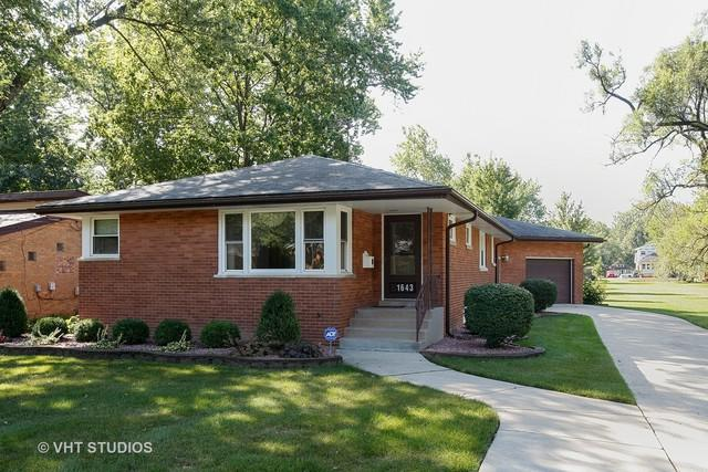 1643 187TH Street, Homewood, IL 60430 (MLS #09803115) :: The Wexler Group at Keller Williams Preferred Realty