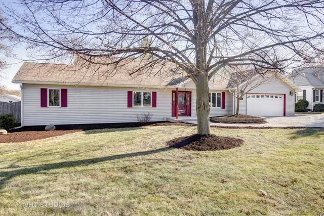 724 S Cedar Road S, New Lenox, IL 60451 (MLS #09811003) :: The Wexler Group at Keller Williams Preferred Realty