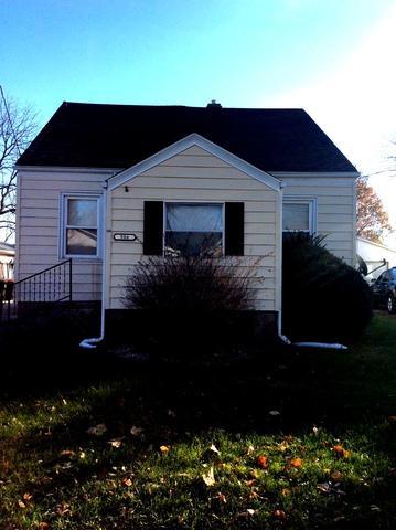306 N Sheldon Street, Rantoul, IL 61866 (MLS #09811340) :: The Ryan Dallas Team