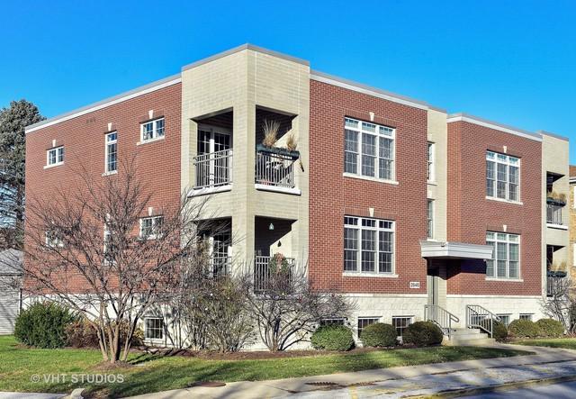 2646 Desplaines Avenue 1N, North Riverside, IL 60546 (MLS #09811699) :: Angela Walker Homes Real Estate Group