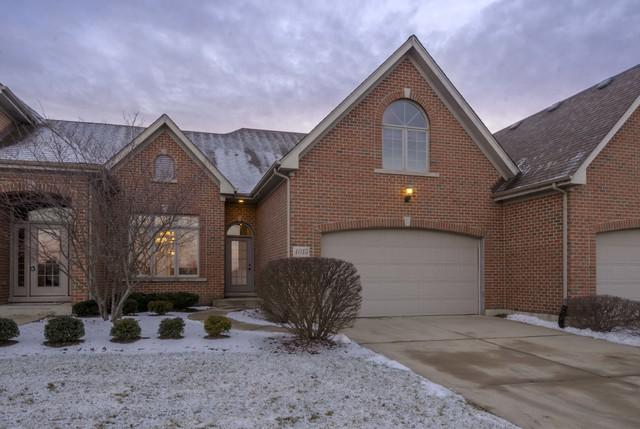 4015 Ashwood Park Court #4015, Naperville, IL 60564 (MLS #09817590) :: Angie Faron with RE/MAX Ultimate Professionals