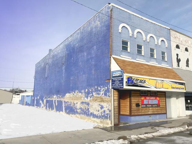 306 Main Street, Hoopeston, IL 60942 (MLS #09835194) :: Littlefield Group