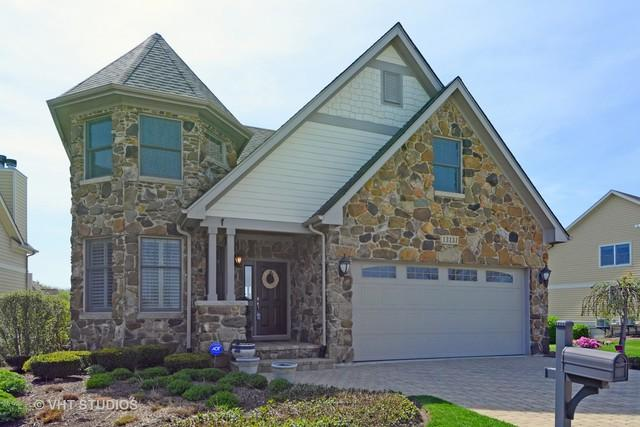 13131 Lake Mary Drive, Plainfield, IL 60585 (MLS #09836617) :: Lewke Partners