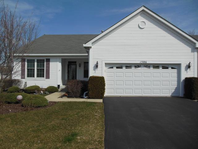 1586 Muskegon Way, Romeoville, IL 60446 (MLS #09837600) :: Lewke Partners