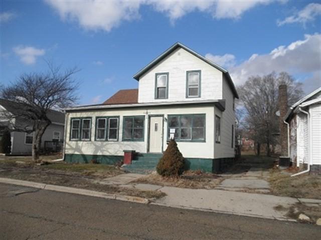 222 E Minnesota Street, Spring Valley, IL 61362 (MLS #09844630) :: The Dena Furlow Team - Keller Williams Realty