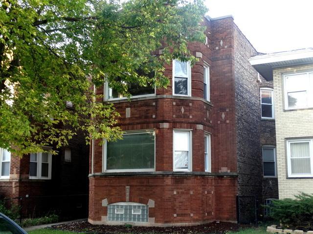 7928 S Hermitage Avenue, Chicago, IL 60620 (MLS #09847614) :: Ani Real Estate