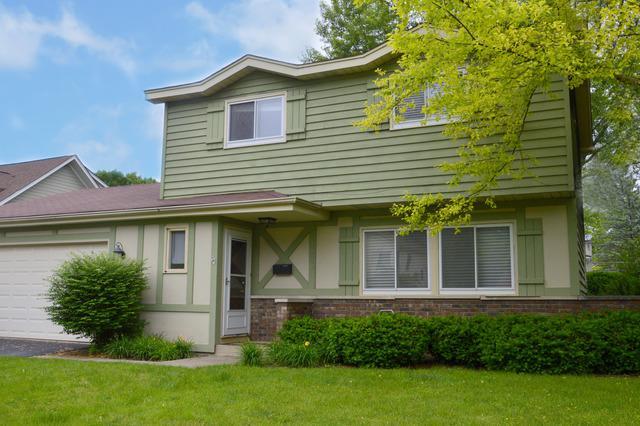 1036 Regency Lane, Libertyville, IL 60048 (MLS #09855128) :: Lewke Partners