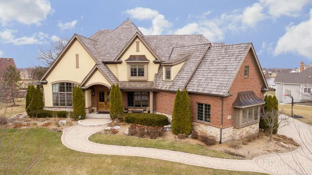 200 Wrenwood Circle, Elgin, IL 60124 (MLS #09857605) :: MKT Properties | Keller Williams