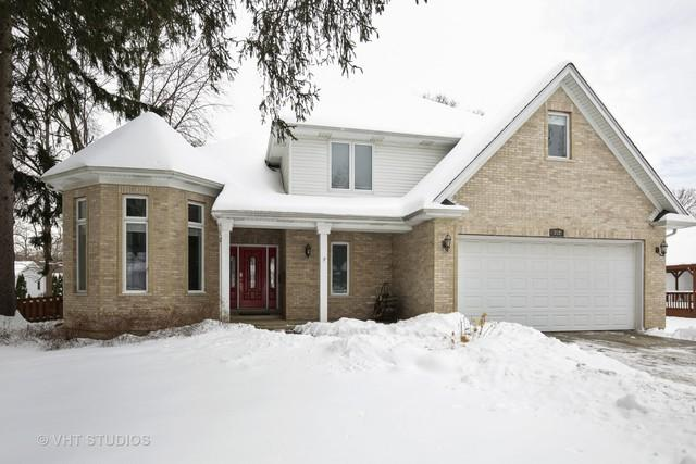 202 Gladys Avenue, Fox River Grove, IL 60021 (MLS #09858205) :: Lewke Partners