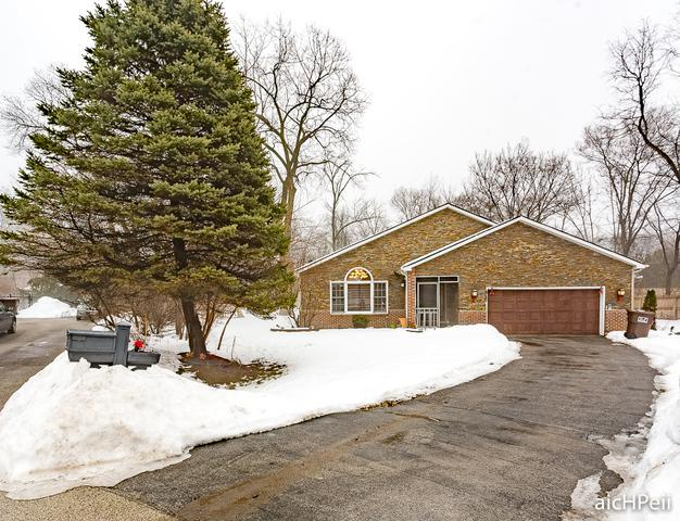 1050 Elliot Court, Olympia Fields, IL 60461 (MLS #09860624) :: The Wexler Group at Keller Williams Preferred Realty