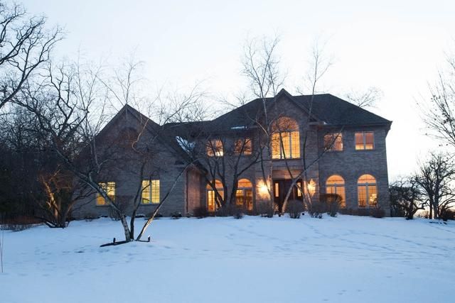 415 Brook Forest Lane, North Barrington, IL 60010 (MLS #09862605) :: The Jacobs Group