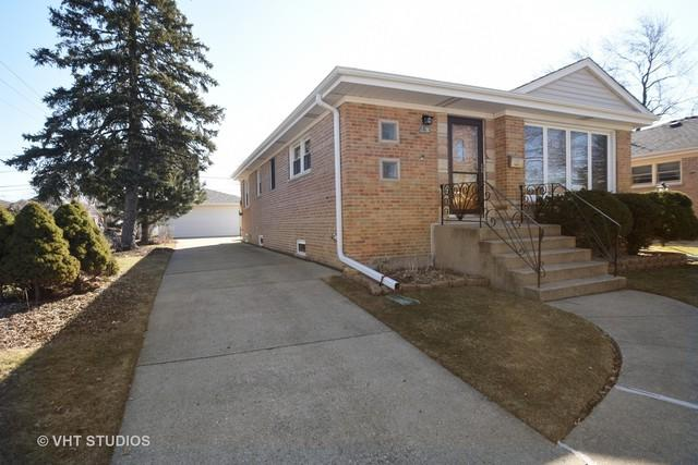 8461 N Olcott Avenue, Niles, IL 60714 (MLS #09867343) :: The Jacobs Group