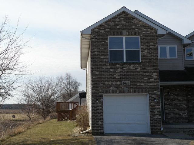 1422 E Arnold Street, Sandwich, IL 60548 (MLS #09878851) :: The Jacobs Group