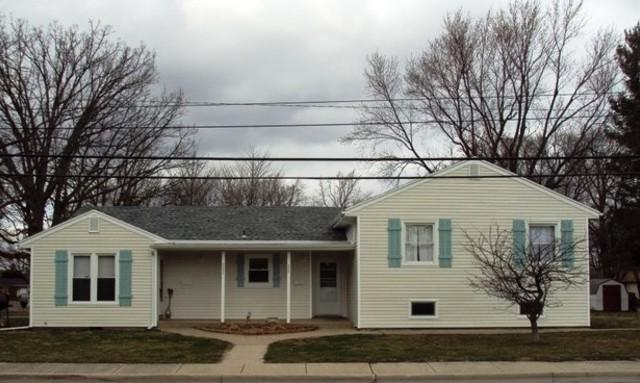 500 N Sheldon Street N, Rantoul, IL 61866 (MLS #09879452) :: Ryan Dallas Real Estate
