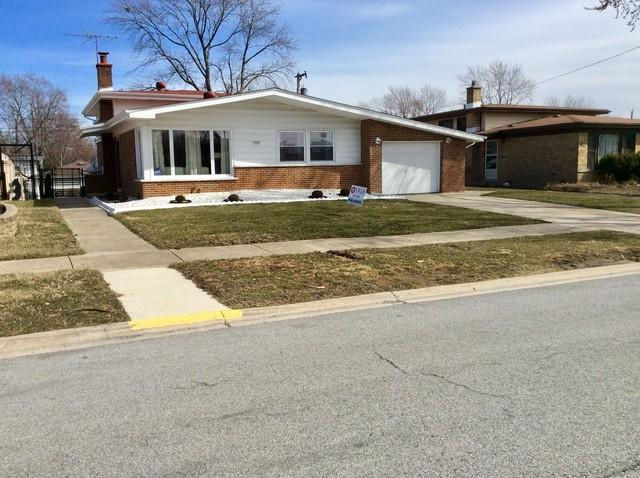 235 S Mayfair Place, Chicago Heights, IL 60411 (MLS #09879931) :: The Jacobs Group