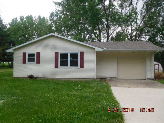 405 S White Street, SIDNEY, IL 61877 (MLS #09880349) :: Littlefield Group