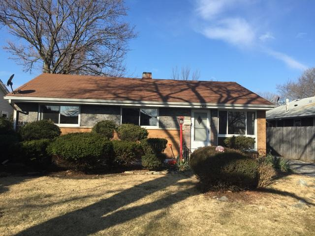 2904 S 10TH Avenue, Broadview, IL 60155 (MLS #09883626) :: Domain Realty