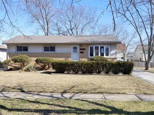 22847 Ridgeway Avenue, Richton Park, IL 60471 (MLS #09884864) :: Domain Realty