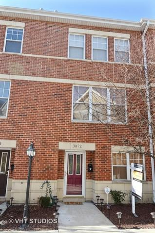 3872 N Milwaukee Court, Chicago, IL 60641 (MLS #09886755) :: The Jacobs Group