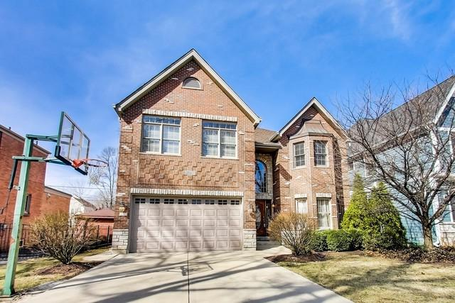672 S Bryan Street, Elmhurst, IL 60126 (MLS #09886764) :: Littlefield Group