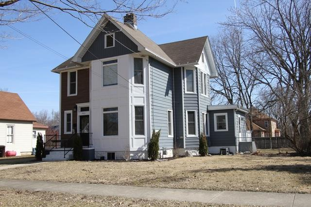 203 N 6th Street, Oregon, IL 61061 (MLS #09887298) :: Littlefield Group