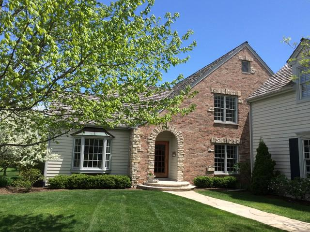 335 Edgefield Lane, Lake Forest, IL 60045 (MLS #09888373) :: The Spaniak Team