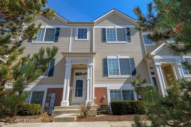 130 Enclave Circle C, Bolingbrook, IL 60440 (MLS #09888882) :: Domain Realty