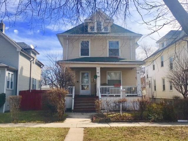 233 S 14th Avenue, Maywood, IL 60153 (MLS #09889255) :: Domain Realty