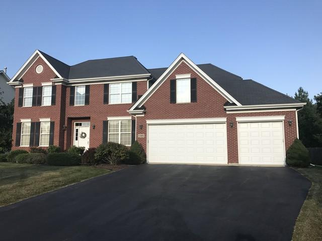 1505 Rolling Hills Drive, Crystal Lake, IL 60014 (MLS #09889314) :: The Jacobs Group